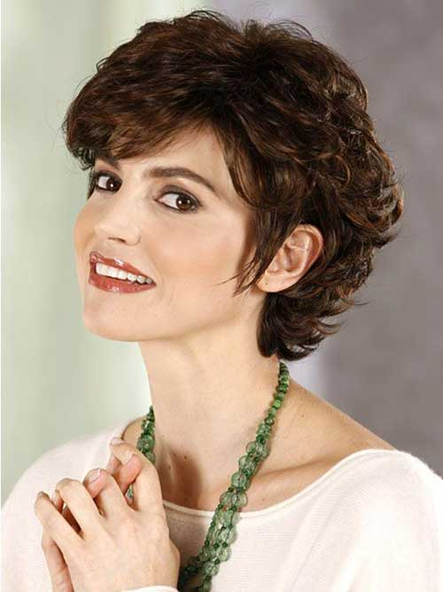 Short Haircuts For Round Faces And Curly Hair