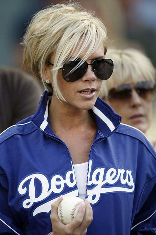 15 Victoria Beckham Brief Blonde Hair