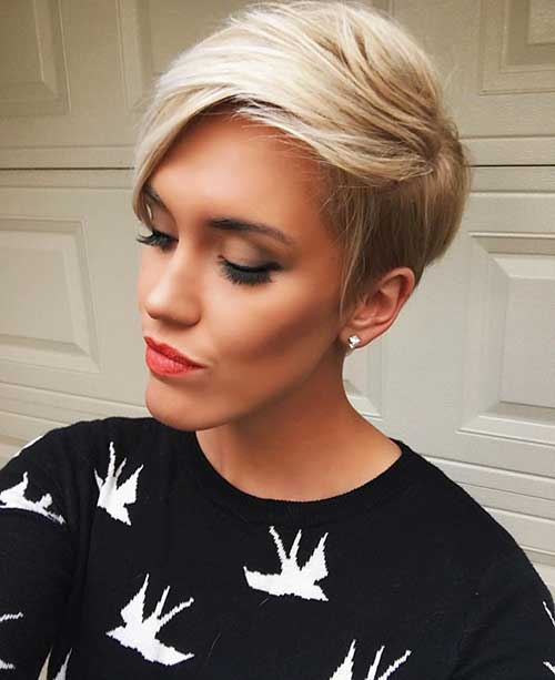 Short Hairstyles For Oval