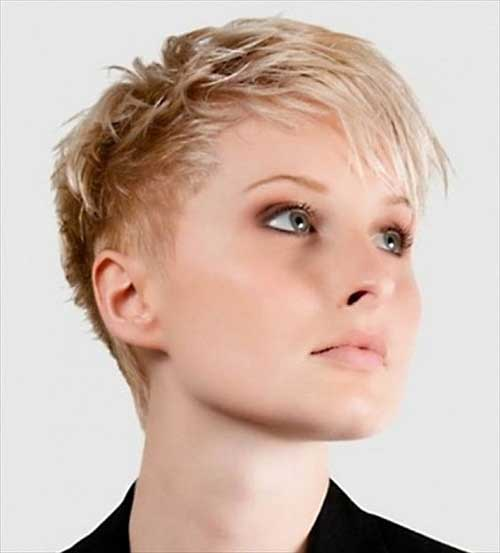 Layered Pixie Cuts-12