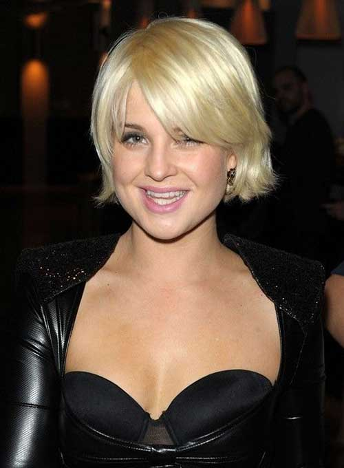 Celebrities With Short Blonde Hair-12
