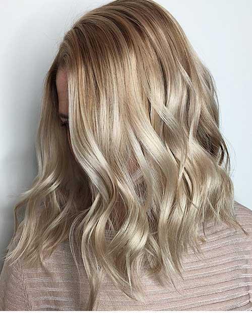 Short Wavy Hair 2017 - 17