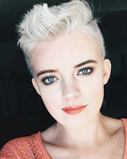 Short Blonde Hair - 18