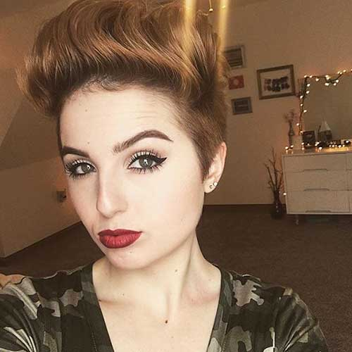 Short Hairstyles For Round Hairstyles - 19