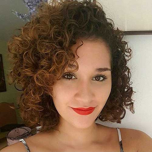 Cool Short Natural Curly Hairstyles - 20