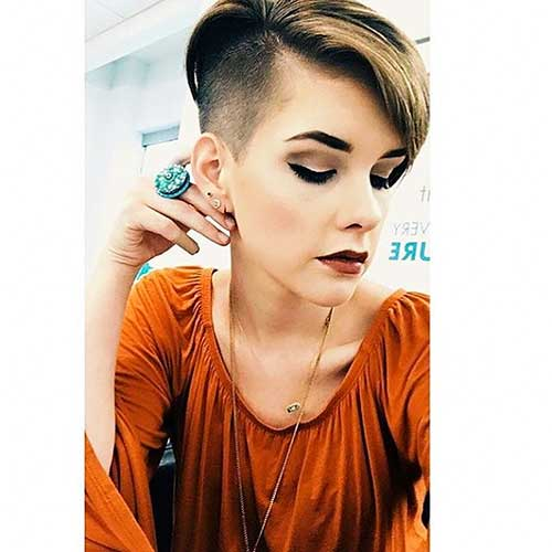 New Short Hairstyles for Girls - 20