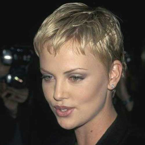 Popular Short Blonde Haircuts - 20