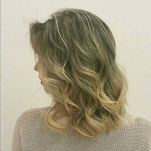 Short Curly Hairstyles for Women - 23