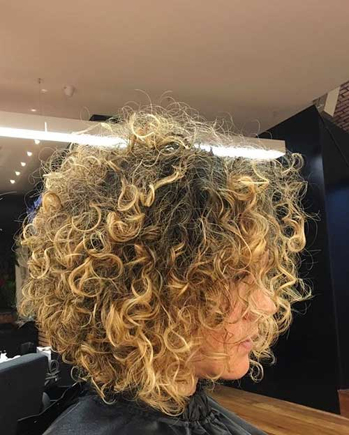 Short Haircuts for Curly Hair - 27