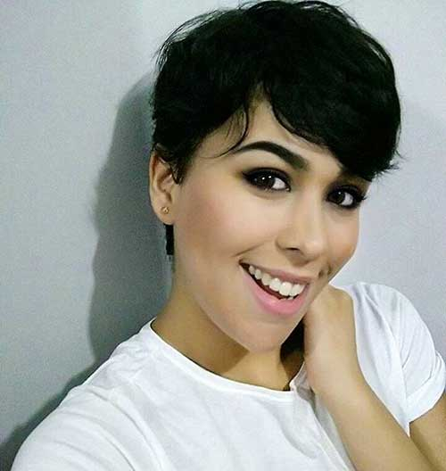 Short Hairstyless with Bangs