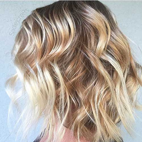 Short Choppy Hairstyle - 30
