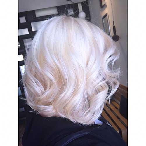 Short Haircut for Women - 30