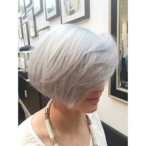 Short Hairstyle for Women - 30
