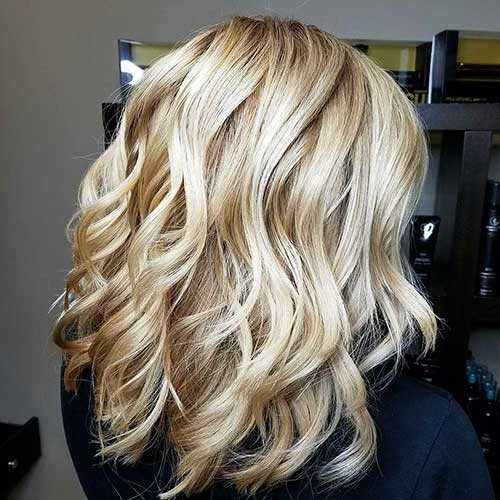 Popular Short Blonde Haircuts - 33