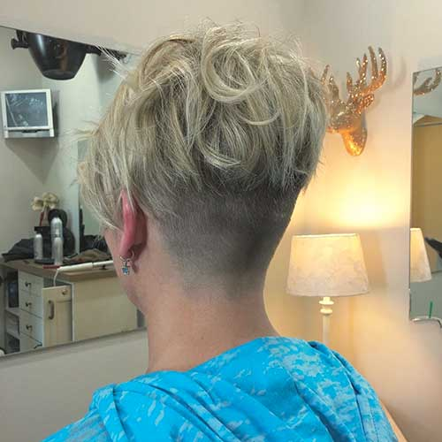 Short Blonde Hairstyle - 38