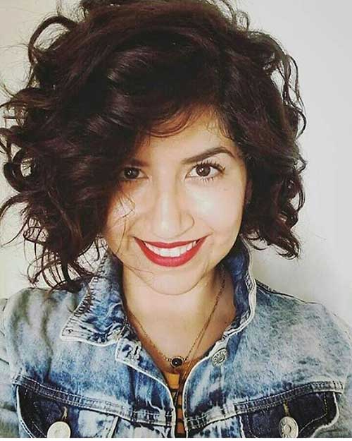 Popular Short Curly Hairstyles - 6