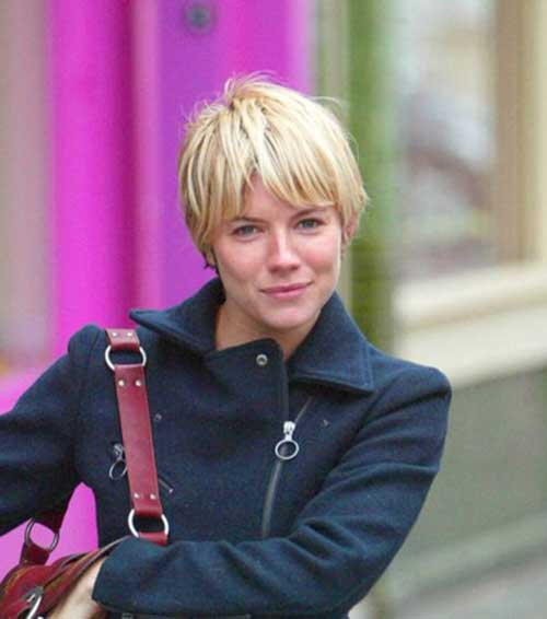 Celebrities With Short Blonde Hair-6