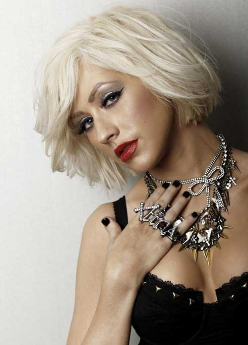 Celebrities With Short Blonde Hair-7