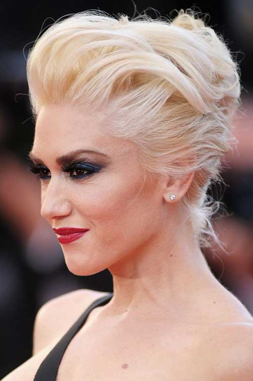 celebrities  short blonde hair short