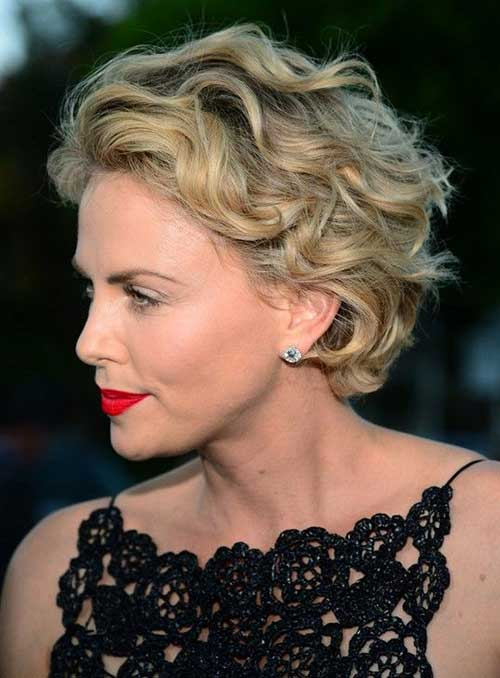 Short Haircuts For Over 50-9