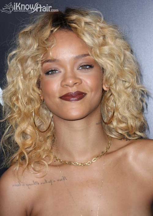 Rihanna With Short Blonde Hair