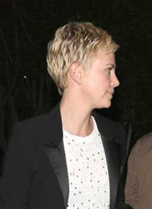 Charlize Theron Pixie Cuts-10