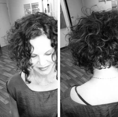 Cute Short Curly Hairstyles-11