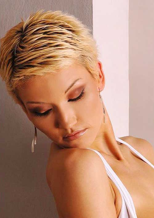 Short Spiky Pixie Cuts-11