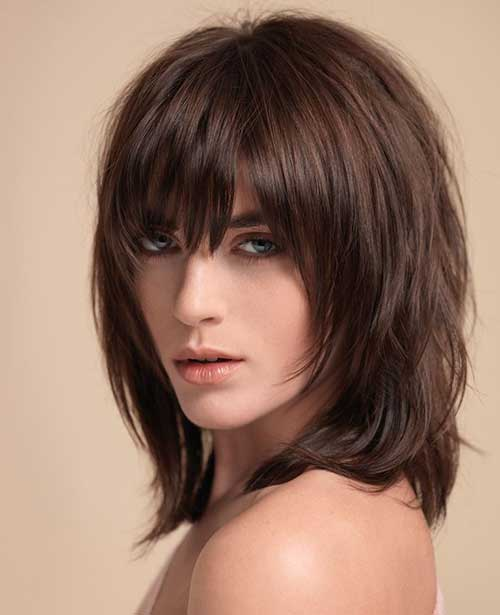Short Dark Haircuts-12