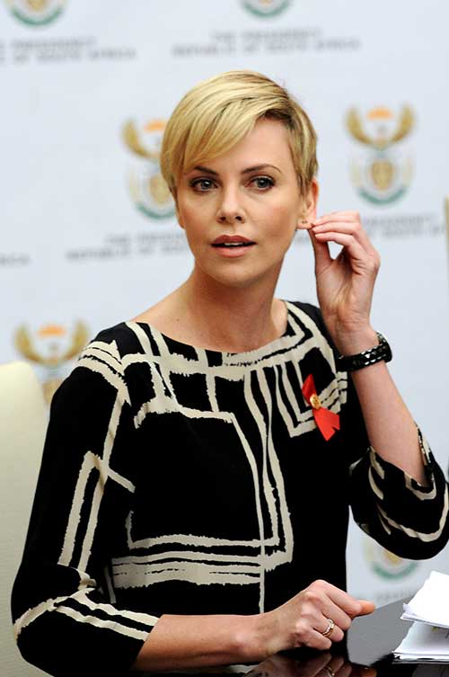 Outstanding 15 Charlize Theron Pixie Cuts Short Hairstyles 2016 2017 Short Hairstyles For Black Women Fulllsitofus