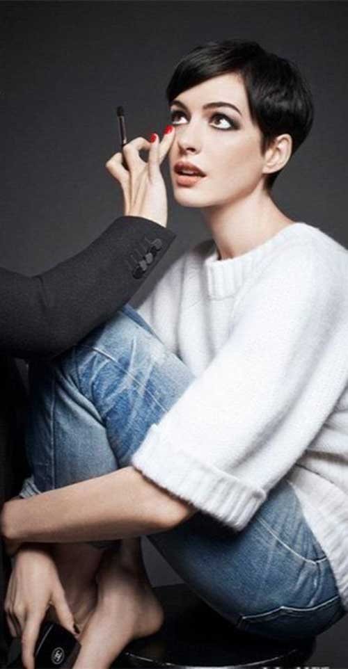 Short Dark Haircuts-15