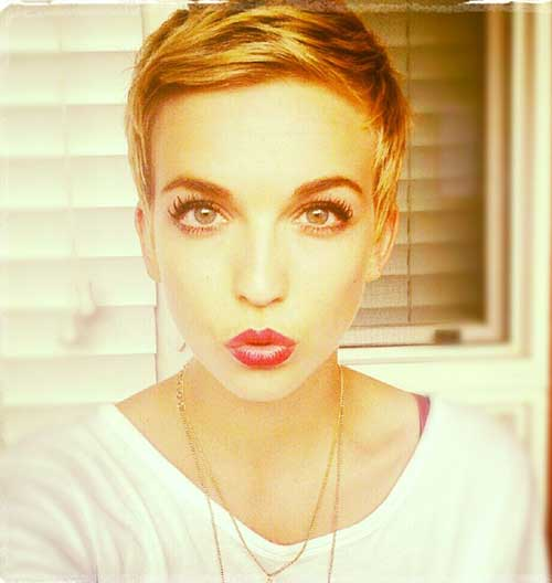 Cute And Easy Hairstyles For Short Hair-17
