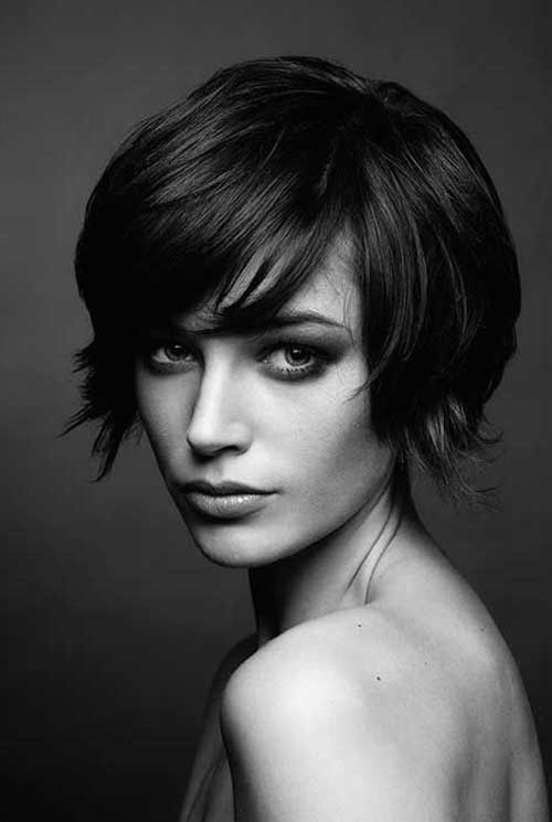 Short Haircuts with Bangs-17