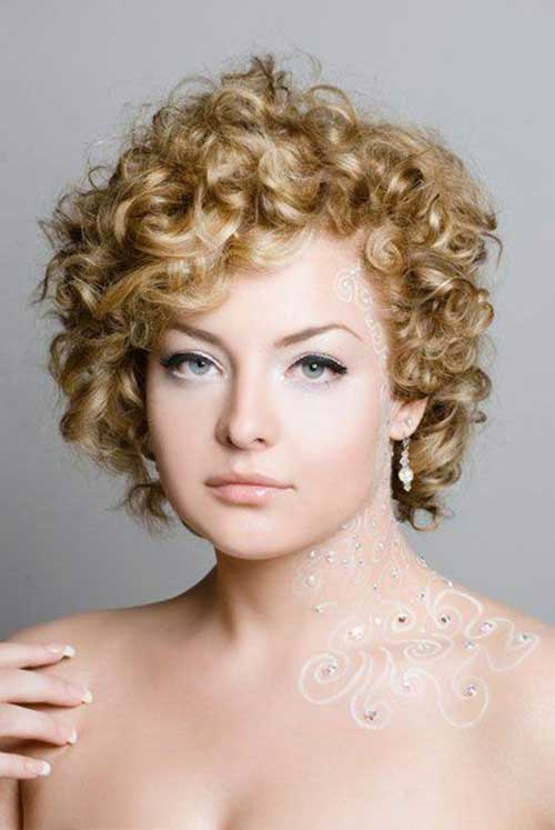 Cute Short Haircuts For Curly Hair-18