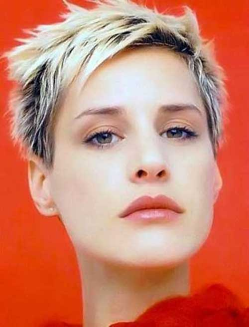 Short Spiky Pixie Cuts-18