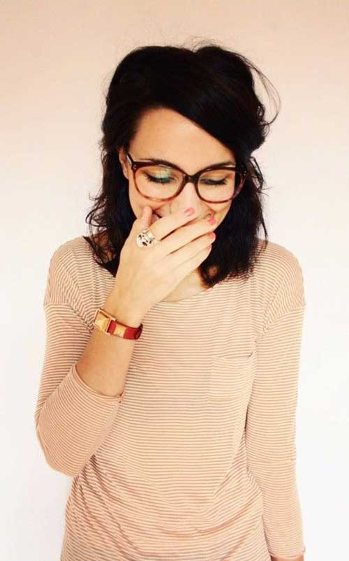 Cute Short Hairstyles For Girls-28