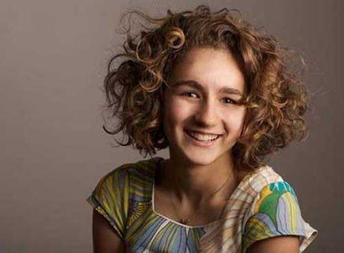 Cute Short Curly Hairstyles-7