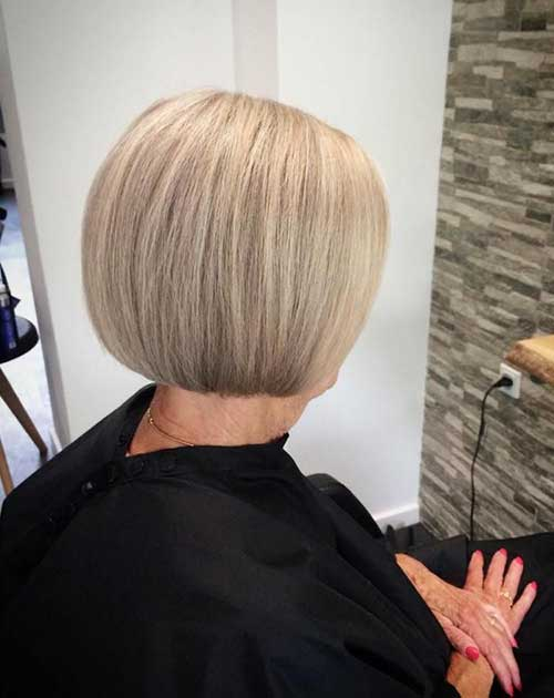 Short Hairstyles Over 50-9