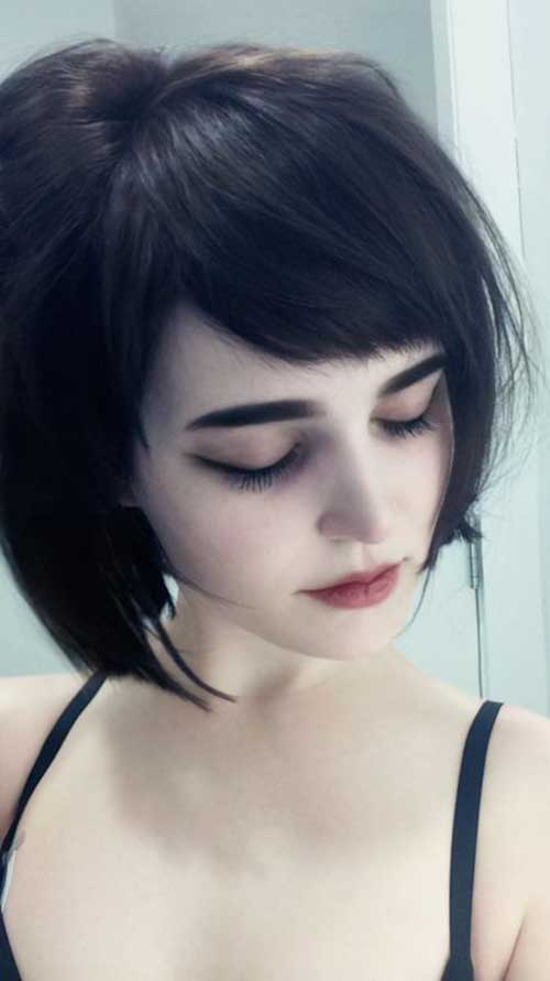 Short Haircuts for Girls-12