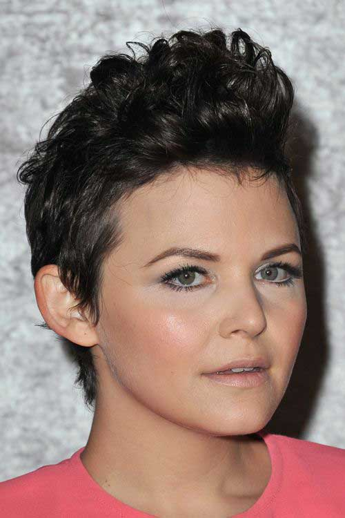 Trendy Short Haircuts-12