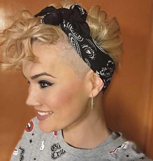 Curly Pixie Cuts-16