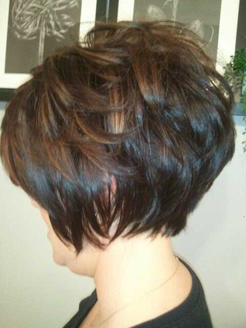 Charming Short Brunette Hairstyles