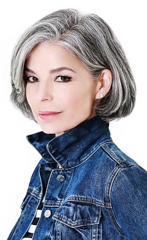Short Haircuts for Older Ladies-6
