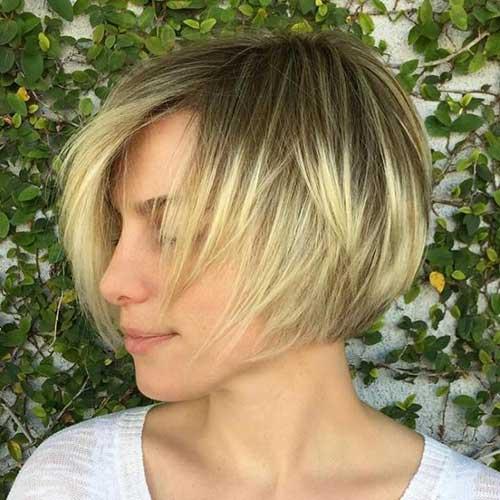 Short Layered Haircuts-6