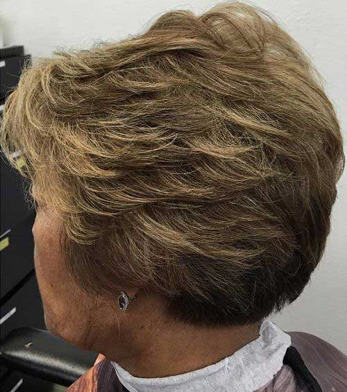 Short Haircuts for Older Ladies-9