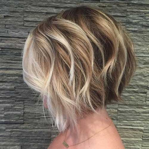 Good Looking Wavy Short Hairstyles For Women Short