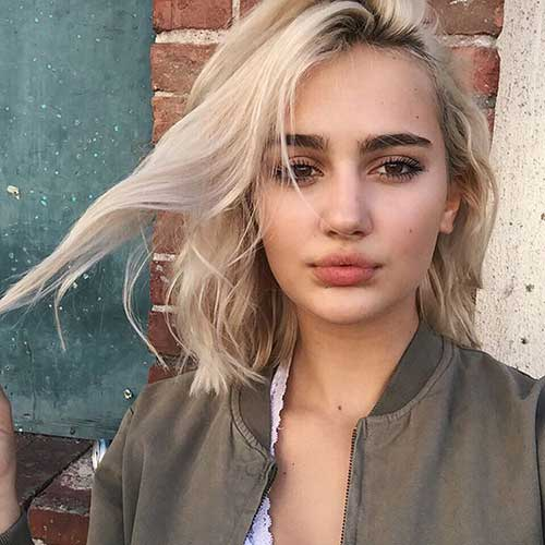 Short Haircuts for Round Faces-11