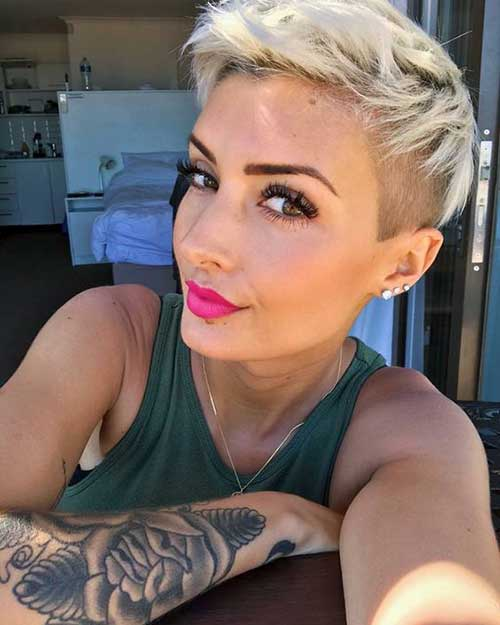 Short Hairstyles for Fine Hair-16