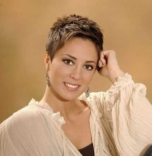 Short Pixie Hairstyles-19