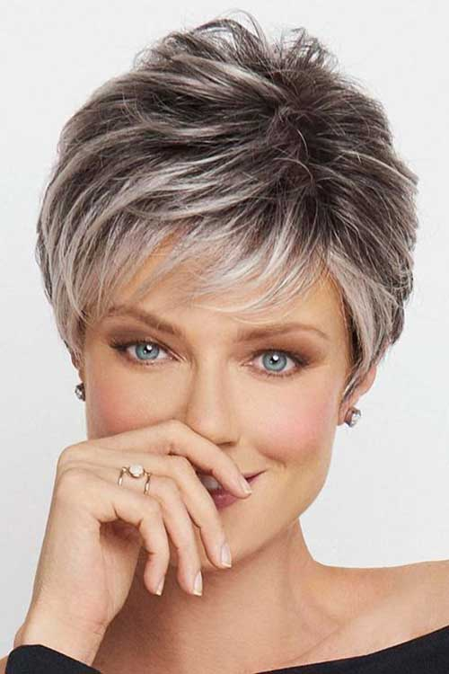 Short Haircuts For Older Women 8
